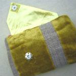 Clutches: ullaulla clutch karrygrøn striber med blomster syet af møbelstof